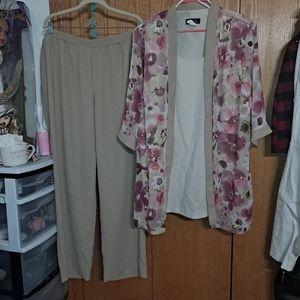 💙R&W Richards Dress pants and floral top set